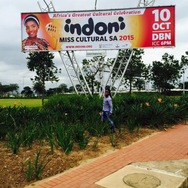 Indoni MISS CULTURAL SOUTH AFRICA - Nomkhosi Nzuza - South Africa's reigning Queen of Culture 2014-15 a